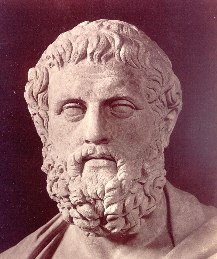 a biography of sophocles an ancient greek dramatist