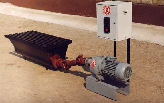 Шнековых транспортеров навозоудаления транспортер т5 поломки